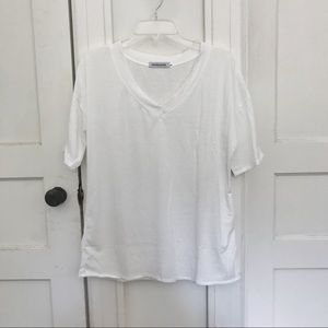 White short sleeve oversized tee shirt